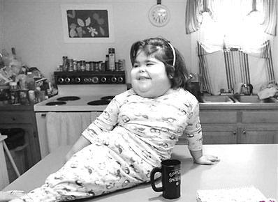 """美国著名的""""美人鱼""""小女孩夏伊洛·皮平"""